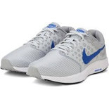 NT03 Nike Size 7 Shoes sports shoes india