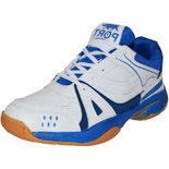 S038 Size 5 athletic shoes